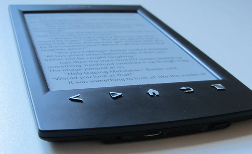 the features of sony reader prs While the sony reader prs-t2 makes it easy to add notes to books, overall this e-reader can't keep up with the competition sony wraps the 6-inch screen of the prs-t2 in a new, soft and rubbery.